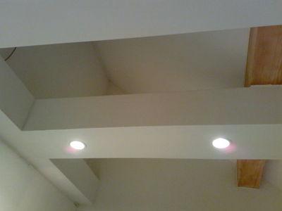 schubert falk innenausbau dachausbau mit verkleidung der umspanner und integrierter beleuchtung. Black Bedroom Furniture Sets. Home Design Ideas